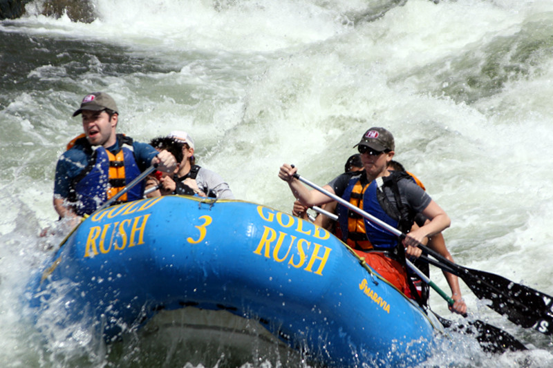 Justin and Stephanie at the front of the raft