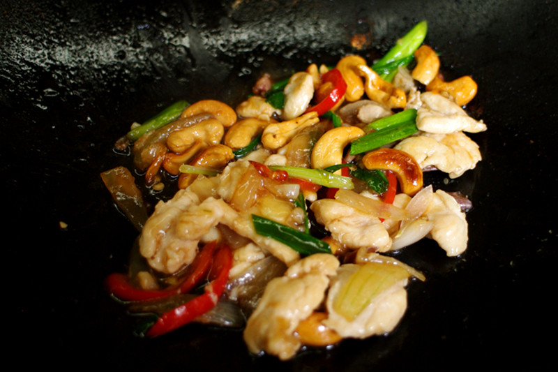Stir-fried chicken with cashews made at A lot of Thai cooking class in Chiang Mai, Thailand