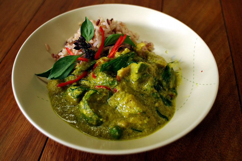 Green curry with chicken made at A lot of Thai cooking class in Chiang Mai, Thailand