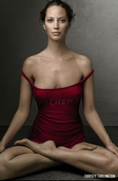 Christy Turlington in Product Red Gap Ad