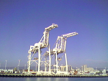 Container cranes in Oakland, CA