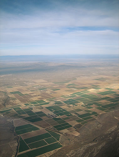 Agricultural geometry in the desert