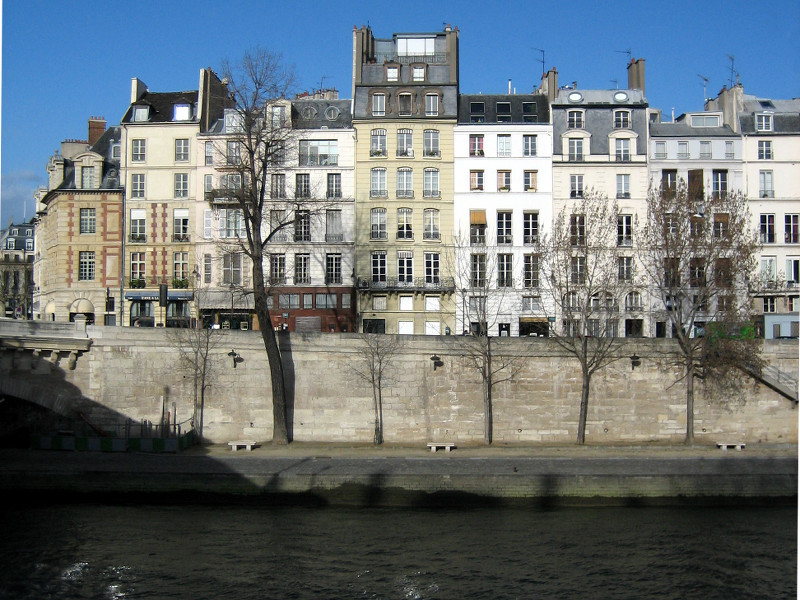 Ile de la Cite across the River Seine