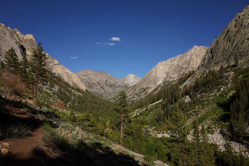 A view from the Rae Lakes Loop in Kings Canyon National Park