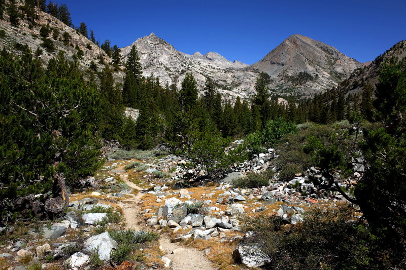 Rugged trail view on the Rae Lakes Loop in Kings Canyon National Park