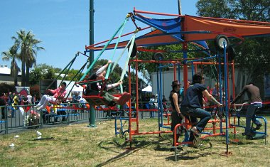 Maker Faire 2007: Parent-powered carnival swings