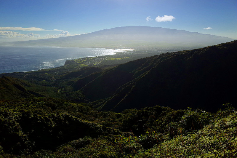 Looking towards Haleakalā from the Waiheʻe Ridge Trail, Maui, Hawaii (Waihee Ridge Trail)
