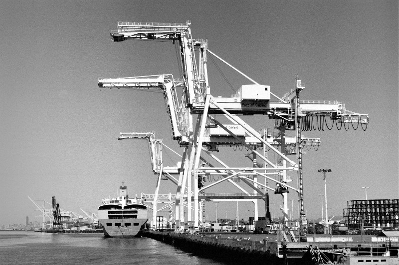 Port of Oakland container cranes
