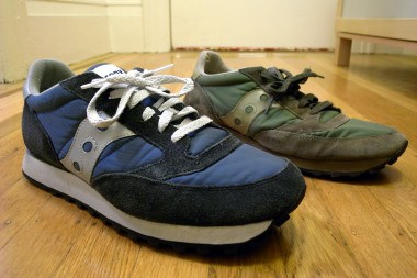 old saucony shoes