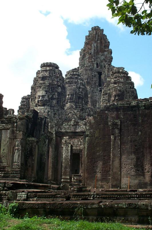 Angkor Ruins Of Siem Reap Cambodia Justinsomnia