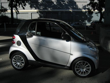 right side of a silver smart fortwo