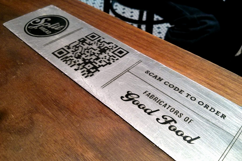 Split Bread has a QR code on the tables