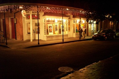 george rodrigue gallery (of blue dog fame) at night