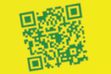 Torcedor Personalizado website t-shirt with QR Code up close