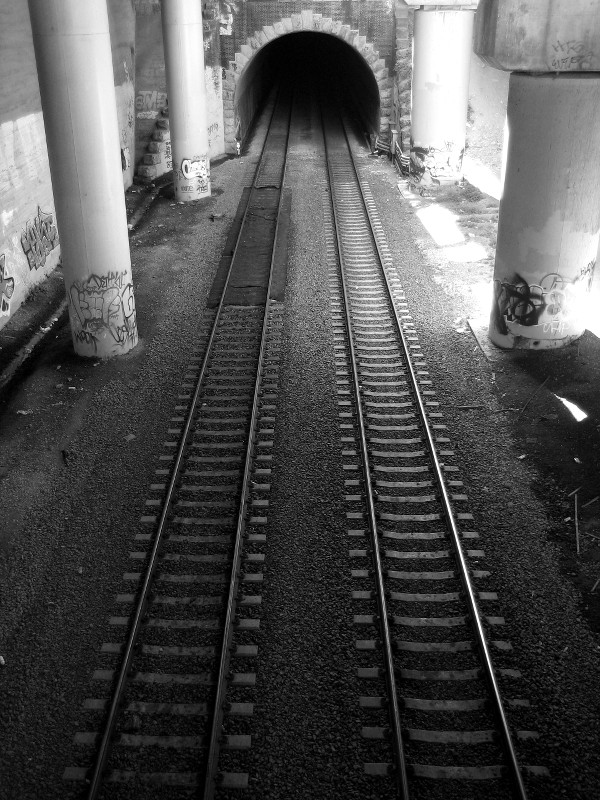 Train tracks and tunnel under 280 at Mariposa Street in San Francisco, CA