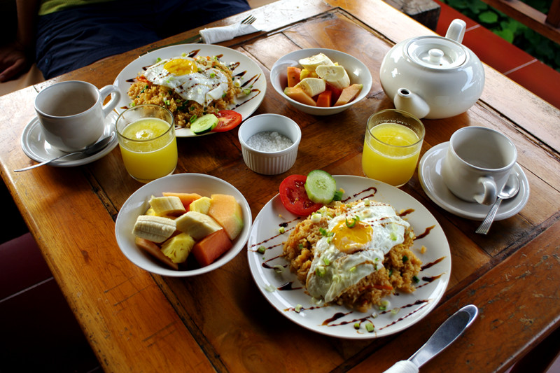 Our 'Indonesian Breakfast' at the Tropical Bali Hotel