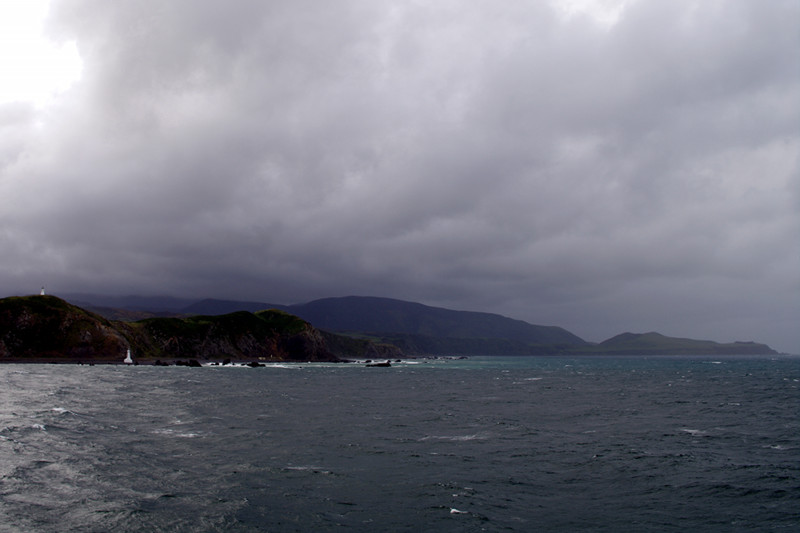 wellington picton ferry leaving north island big