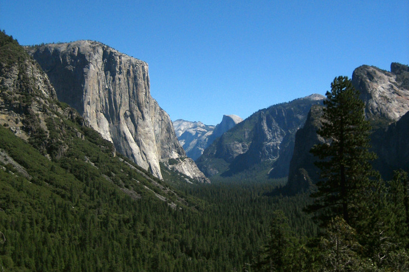 Yosemite Valley from the tunnel view, looking towards Half Dome